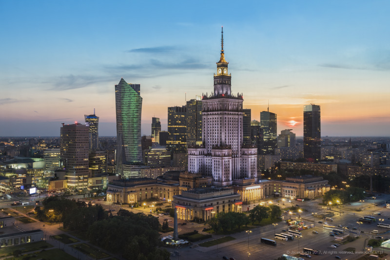 Warsaw_downtown_sundown_JLK5598