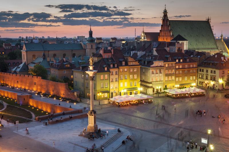 Warszawa_plac_zamkowy_noc_20120526__DSC7592